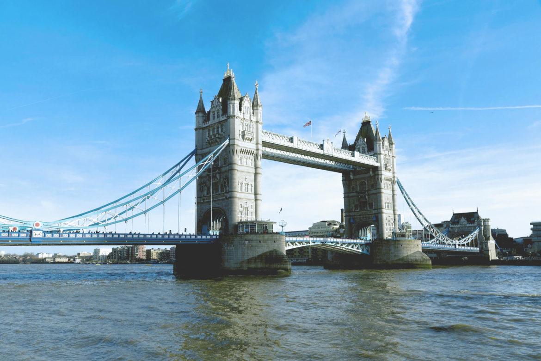 Pohled na Tower Bridge